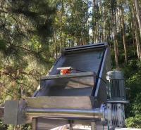 畜源养殖斜筛猪粪处理机、1200型干湿分离机、污水处理机